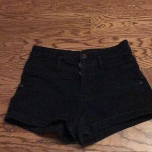 Women's black  mid rise shorts